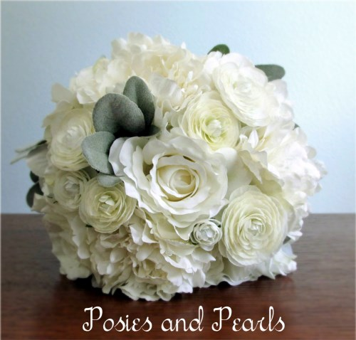 Bianca Bridal Bouquet and Boutonniere