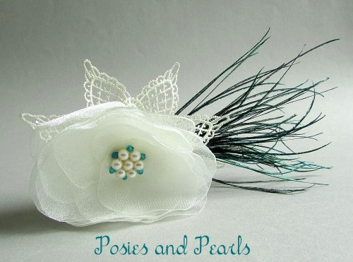Ivory Flair Fascinator