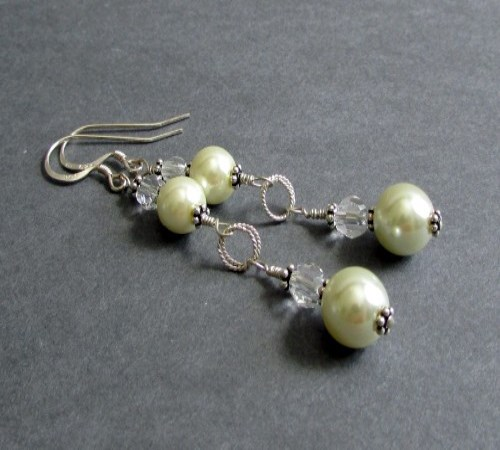 Hypnotic Earrings (Ivory)