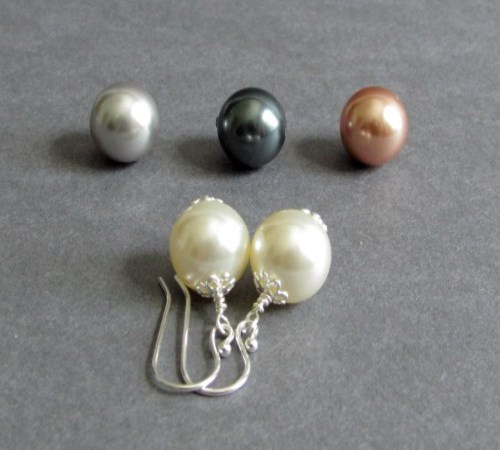 Simplicity Earrings (Ivory, Grey, Black, Pink)